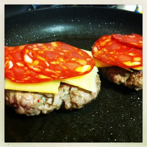 burger with chorizo